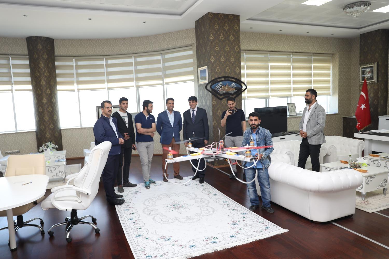 Üniversiteli Genç Mucit İnsansız Hava Aracı Tasarladı