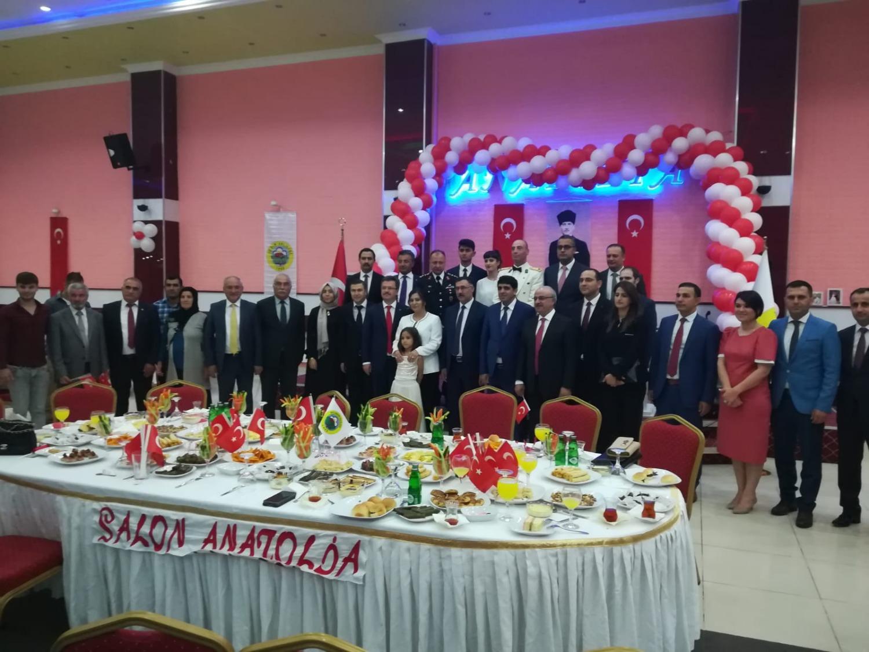 Rektör Alma Iğdır Valisi Enver Ünlü Tarafından Düzenlenen 30 Ağustos Zafer Bayramı Resepsiyonuna Katıldı