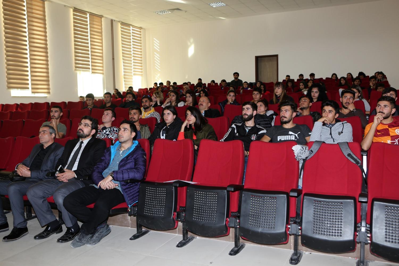 Üniversitemizde Eğitimde Teknoloji Kullanımı İle İlgili Eğitim Semineri Düzenlendi