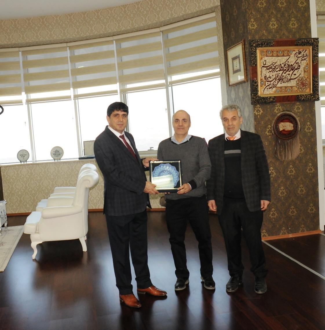 Iğdır Üniversitesi İle Razi Üniversitesi Arasında İşbirliği Protokolü İmzalandı