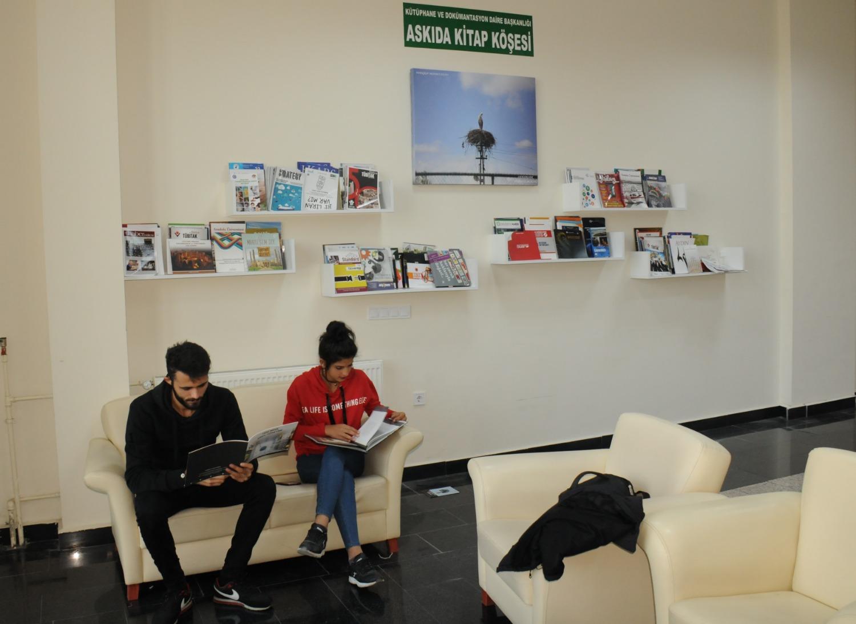 Medikososyal Binasında, Askıda Kitap Köşesi ve Okuma Salonu Hizmete Açıldı