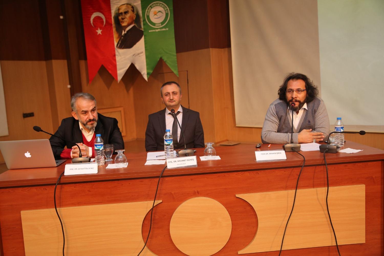 """""""Sultan II. Abdulhamid'in İdari ve İçtimai Siyaseti"""" Panel Kapsamında Ele Alındı"""
