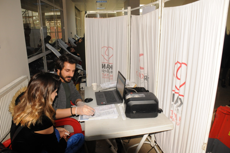 Üniversitemizde Kan Bağışı Kampanyası Düzenlendi