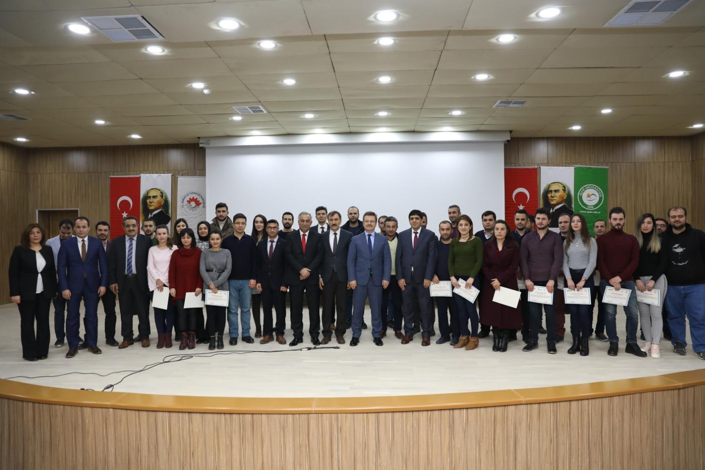 Iğdır Üniversitesinde Öğretmenler için Robotik ve Kodlama Eğitimi Sertifika Töreni Düzenlendi
