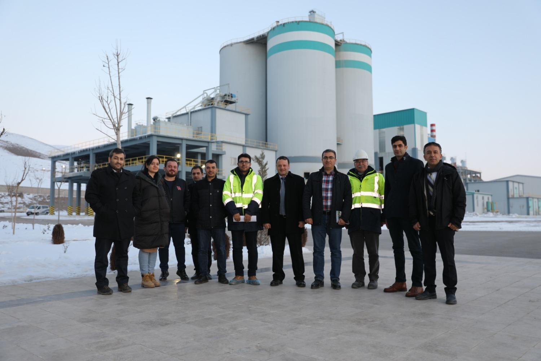 Üniversitemiz Mühendislik Fakültesi Akademisyenleri Çimento Fabrikasına Teknik Gezi Düzenledi
