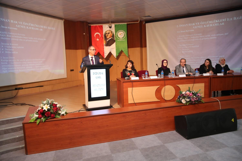Üniversitemizde 8 Mart Dünya Kadınlar Günü Paneli Düzenlendi