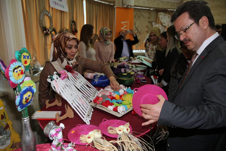 Rektör Vekili Kerimli, Dünya Kadınlar Günü Münasebetiyle Düzenlenen Programa Katıldı