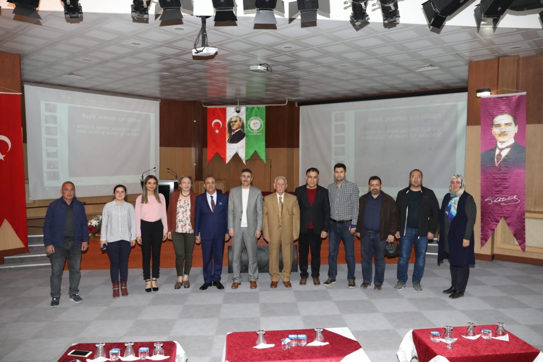 """Üniversitemizde """"İstiklal Marşı'nın Kabul Edilişinin 98. Yıl Dönümü"""" Konulu Konferans Düzenlendi"""