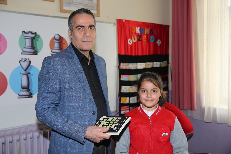 Kazım Karabekir İlkokulunda 55. Kütüphane Haftası Dolayısıyla Ağacı Dikim Etkinliği Düzenlendi