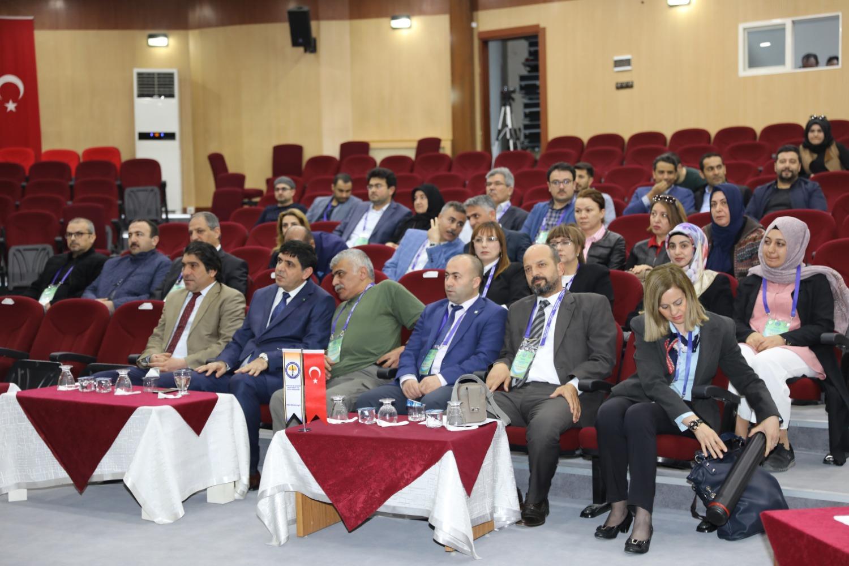 Üniversitemizde 6. Uluslararası Mesleki ve Teknik Bilimler Kongresi Başladı