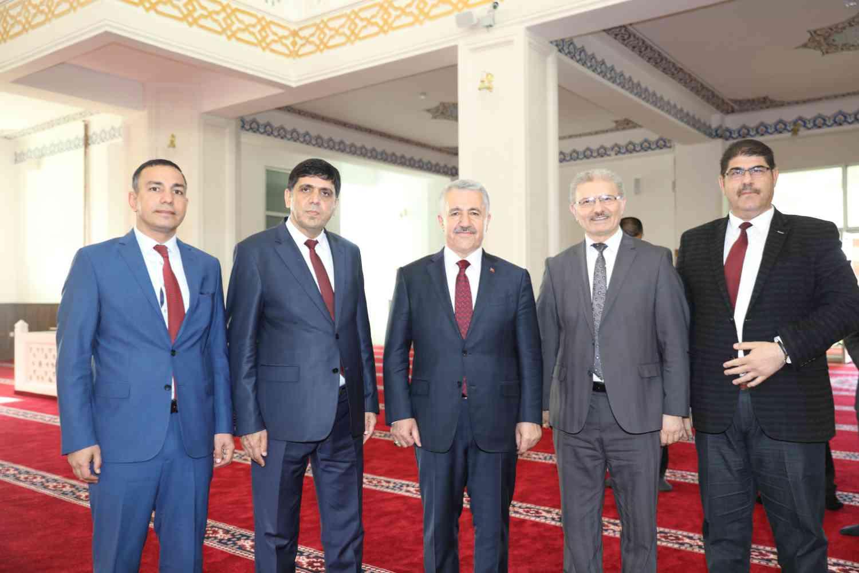 Üniversitemizin İlk Fahri Doktora Unvanı Ahmet Arslan'a Verildi