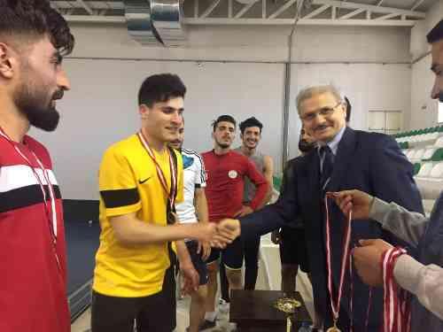 Salon Futbolunun Galibi Antrenörlük Eğitimi Öğrencileri Oldu