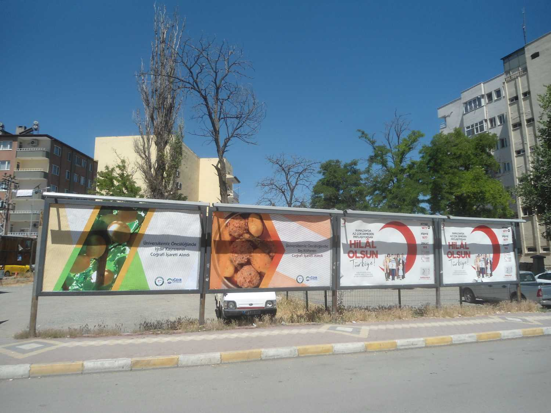 Iğdır Kayısısı ve Taş Köftesi Billboardlarla Tanıtılıyor