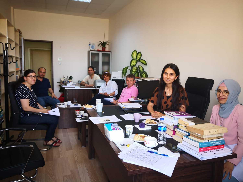DİL ve EDEBİYAT SÖYLEŞİLERİ adlı seminerlerden yedincisi gerçekleştirildi..