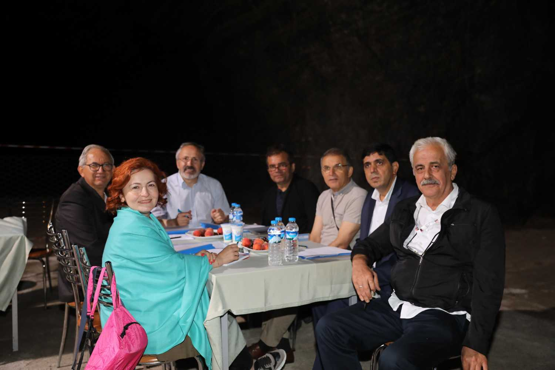 TÜBA Çalıştayı ve Paneli Sosyal Gezi Programı ile Sona Erdi
