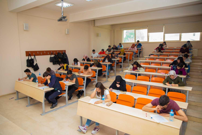 Iğdır Üniversitesinden Öğrencilere Çift Diploma Fırsatı