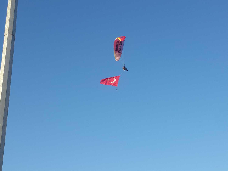 Iğdır'da İlk Yamaç Paraşütü Kursu Üniversitemizde Açıldı