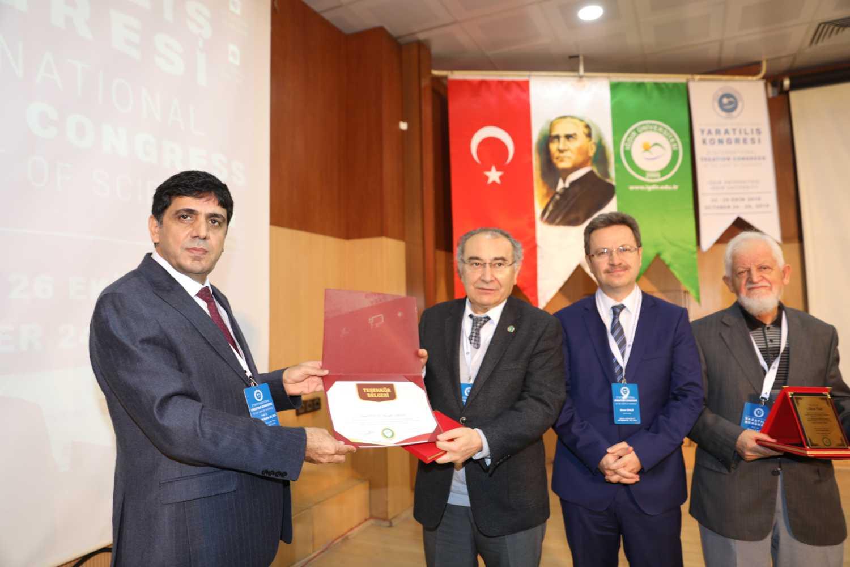 Üsküdar Üniversitesi Rektörü Prof. Dr. Nevzat Tarhan Üniversitemizde Konferans Verdi