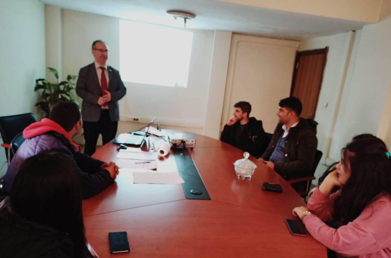 Üniversitemiz Akademisyenleri Devlet Korumasında Yetişen Gençlere Ders Verdi