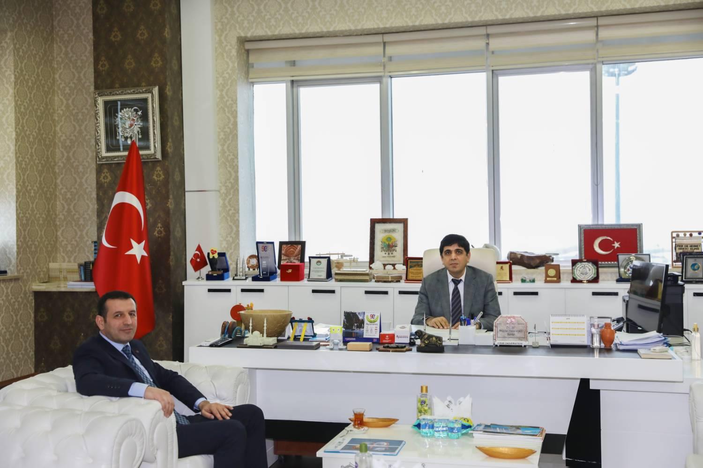 KOSGEB İl Müdürlüğü'ne Atanan Mustafa Öztaş Rektör Alma'yı ziyaret Etti
