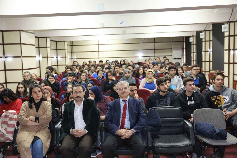 Kariyer Planlama Destek Etkinlikleri Kapsamında Fen Lisesi ve Sosyal Bilimler Lisesi Ziyaret edildi