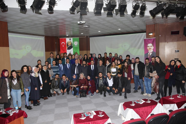 """Devlet Hastanesi Başhekimi Opr. Dr. Raşit İlhan'ın """"Kariyer Günleri"""" söyleşi programı düzenlendi."""
